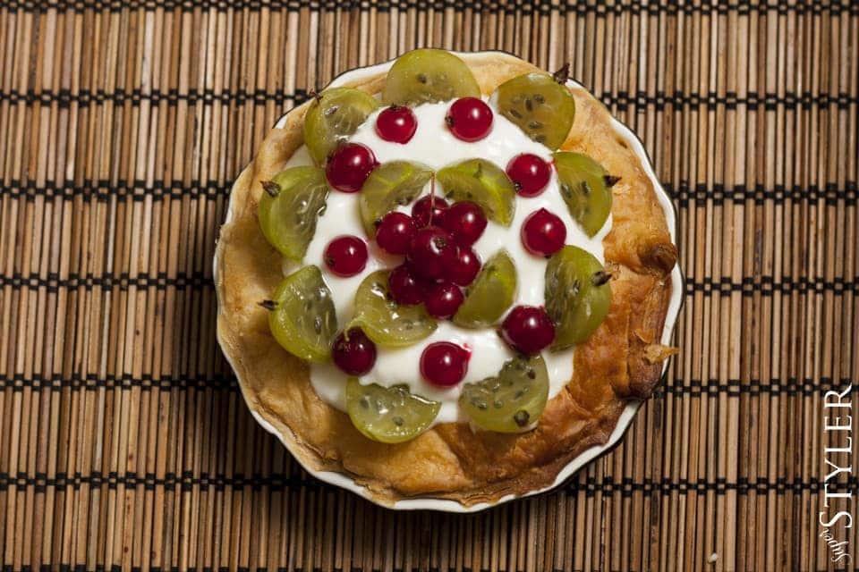 tarta,quiche,tartaletka,wypieki,ciasta,ciasto francuskie,deser,prosty deser,szybki obiad,tarta z owocami,tarta z agrestem i porzeczką,tarta z kurczakiem