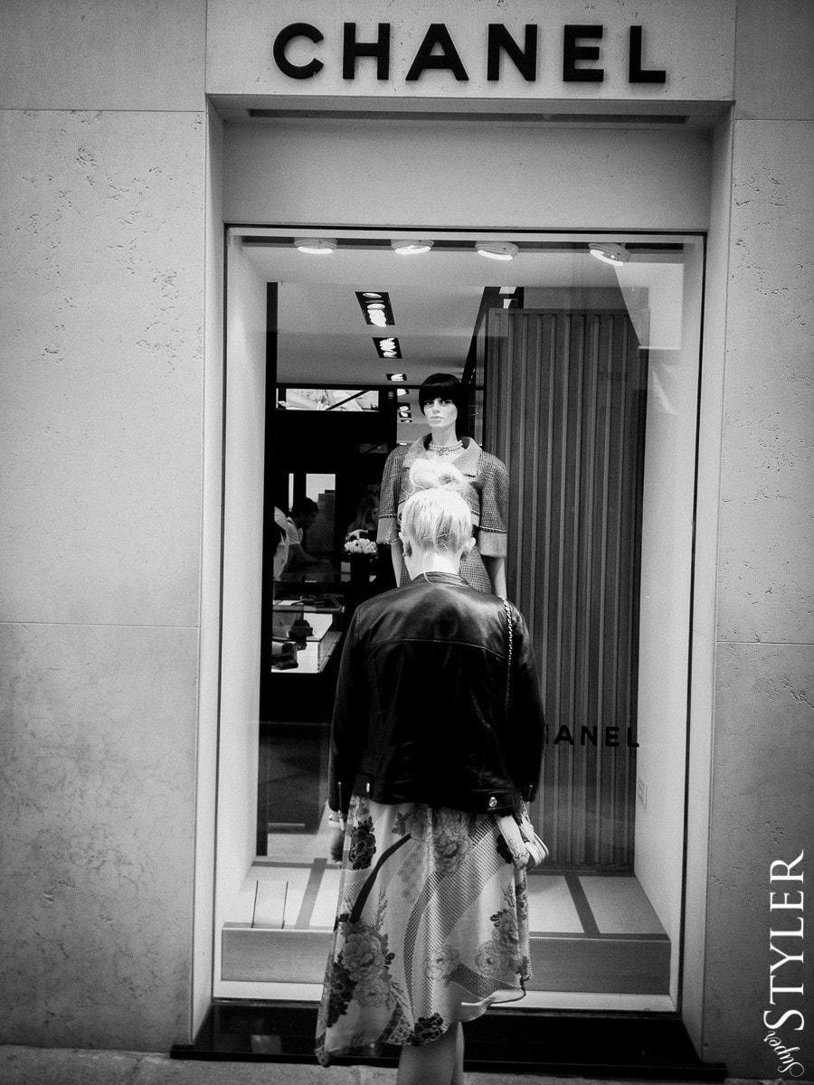 Chanel,sklep,Wenecja,Włochy,Rzym,wycieczka,zwiedzanie,turystyka,turyści,turysta,rady,porady,zwiedzanie,zabytki,jedzenie,desery,zdjęcia,co zwiedzać,weekend w Rzymie,co warto zobaczyć w Rzymie,plan wycieczki Rzym,plan wycieczki po Rzymie,Watykan,wakacje we Włoszech