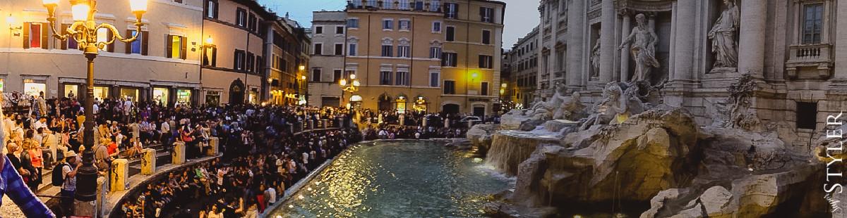 Fontanna di Trevi,Włochy,Rzym,wycieczka,zwiedzanie,turystyka,turyści,turysta,rady,porady,zwiedzanie,zabytki,jedzenie,desery,zdjęcia,co zwiedzać,weekend w Rzymie,co warto zobaczyć w Rzymie,plan wycieczki Rzym,plan wycieczki po Rzymie,Watykan,wakacje we Włoszech