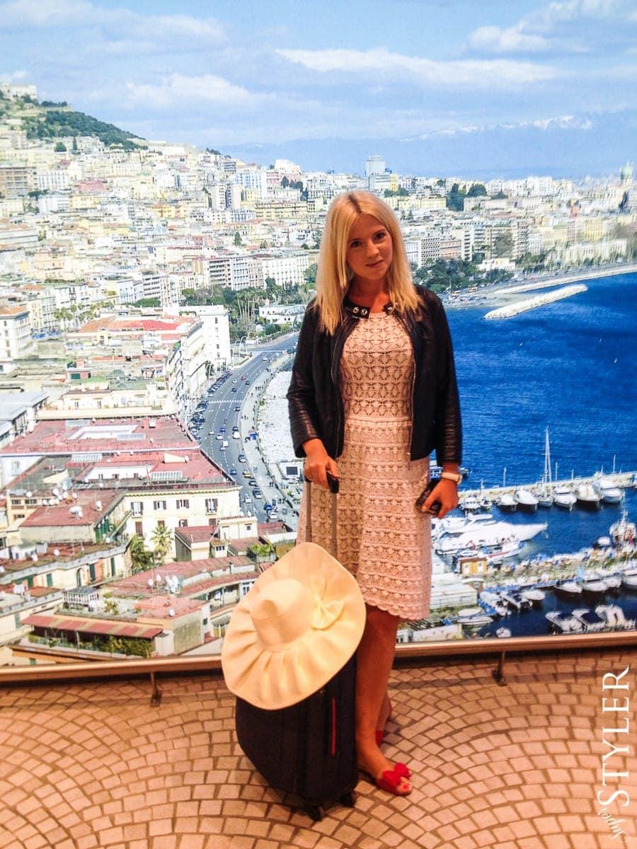Neapol,lotnisko,Włochy,wycieczka,zwiedzanie,turystyka,turyści,turysta,rady,porady,zwiedzanie,zabytki,jedzenie,desery,zdjęcia,co zwiedzać,weekend w Rzymie,co warto zobaczyć w Rzymie,plan wycieczki Rzym,plan wycieczki po Rzymie,Watykan,wakacje we Włoszech