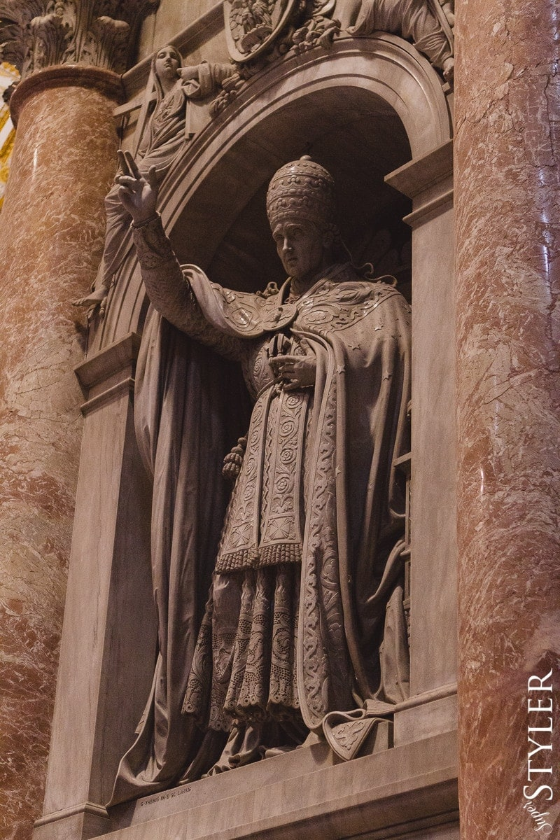 Bazylika Świętego Piotra,Watykan,Włochy,Rzym,wycieczka,zwiedzanie,turystyka,turyści,turysta,rady,porady,zwiedzanie,zabytki,jedzenie,desery,zdjęcia,co zwiedzać,weekend w Rzymie,co warto zobaczyć w Rzymie,plan wycieczki Rzym,plan wycieczki po Rzymie,Watykan,wakacje we Włoszech