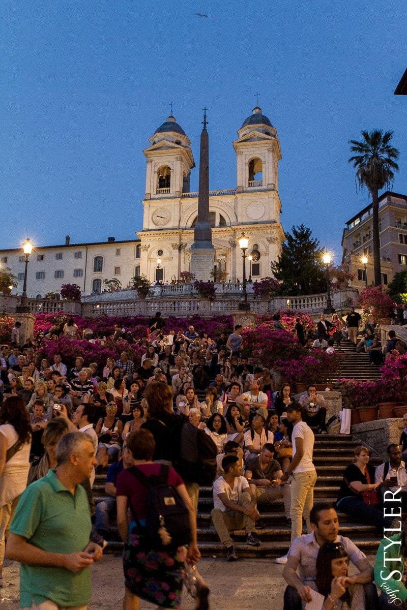 Schody Hiszpańskie,Piazza di Spagna,Włochy,Rzym,wycieczka,zwiedzanie,turystyka,turyści,turysta,rady,porady,zwiedzanie,zabytki,jedzenie,desery,zdjęcia,co zwiedzać,weekend w Rzymie,co warto zobaczyć w Rzymie,plan wycieczki Rzym,plan wycieczki po Rzymie,Watykan,wakacje we Włoszech