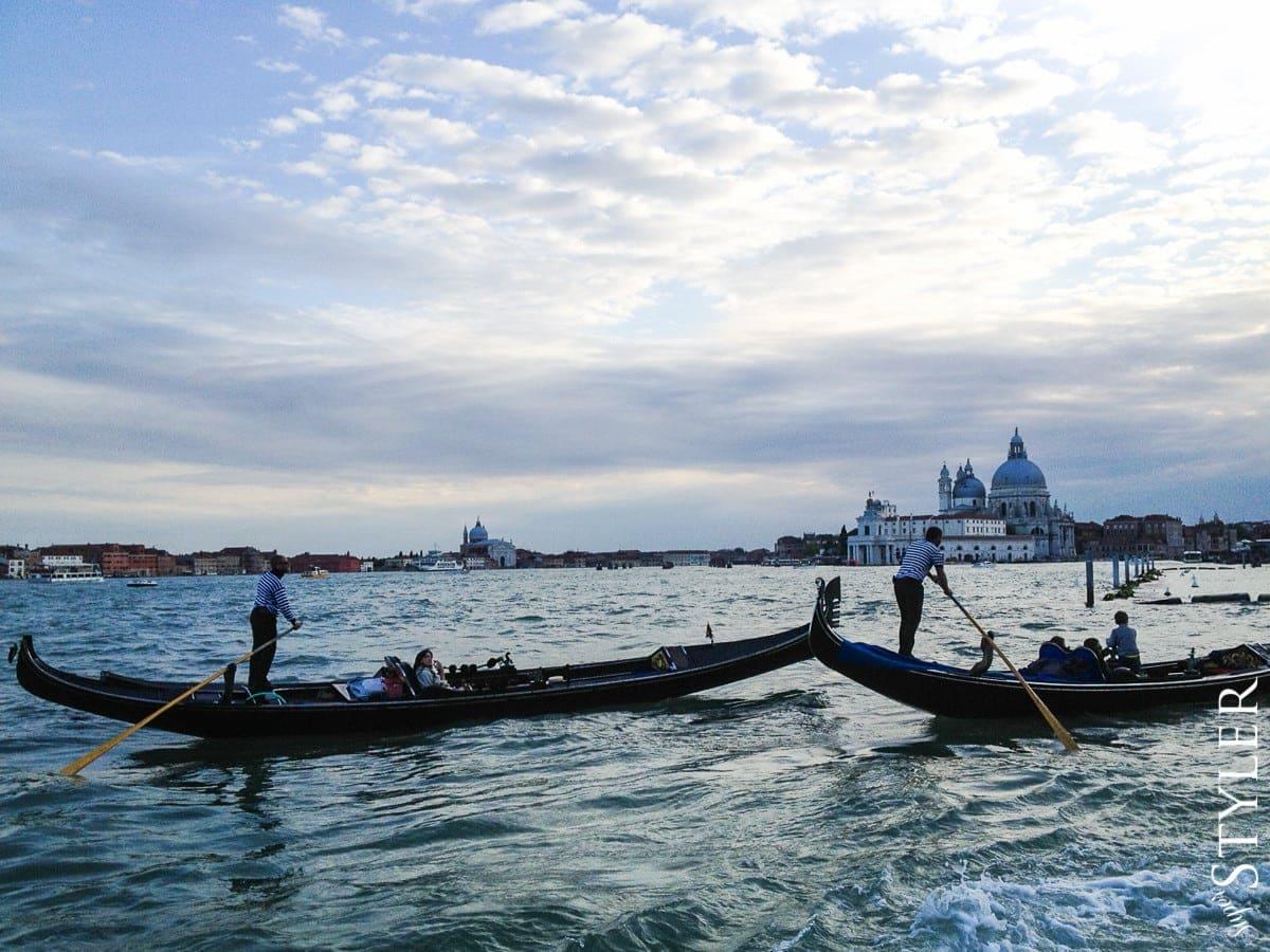 Wenecja,gondole,Włochy,wycieczka,zwiedzanie,turystyka,turyści,turysta,rady,porady,zwiedzanie,zabytki,jedzenie,desery,zdjęcia,co zwiedzać,weekend w Rzymie,co warto zobaczyć w Rzymie,plan wycieczki Rzym,plan wycieczki po Rzymie,Watykan,wakacje we Włoszech