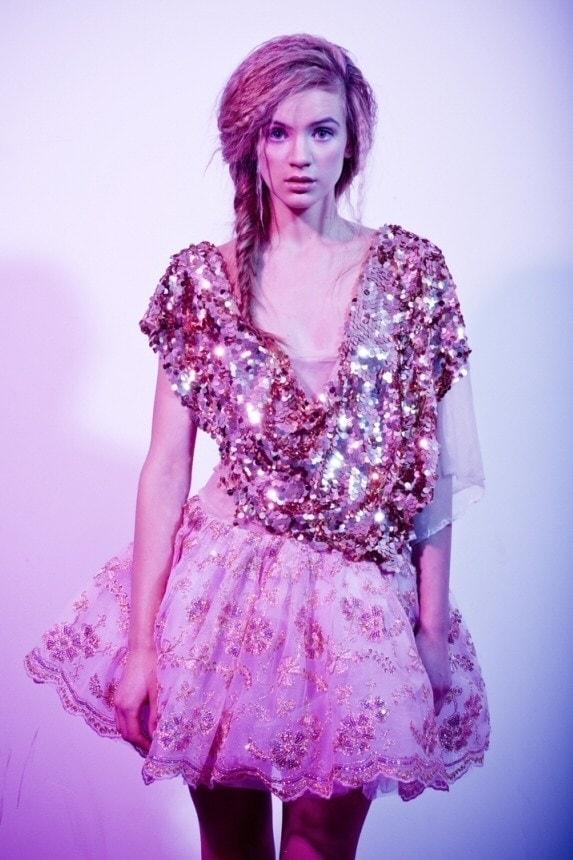 f6b969d476 Studniówka i bal  modne sukienki wieczorowe na studniówkę sukienka ...