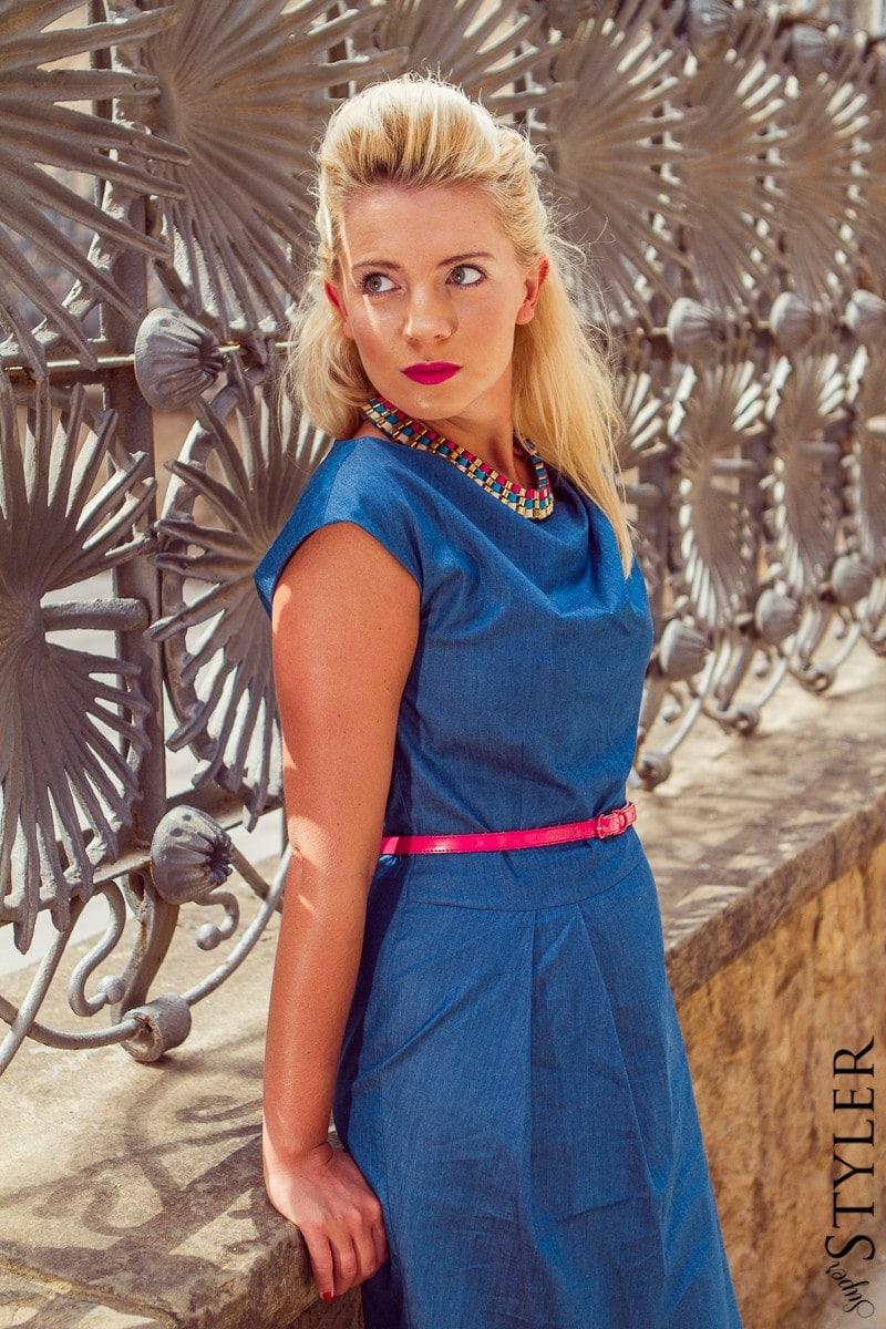 moda,trendy 2014,fashion,sukienka Tatuum,Tatuum,szpilki,szpilki United Nude,różowe szpilki,Coyoco,biżuteria Coyoco,naszyjnik Coyoco,stylizacja,Hair Quiff,Barcelona,Hiszpania