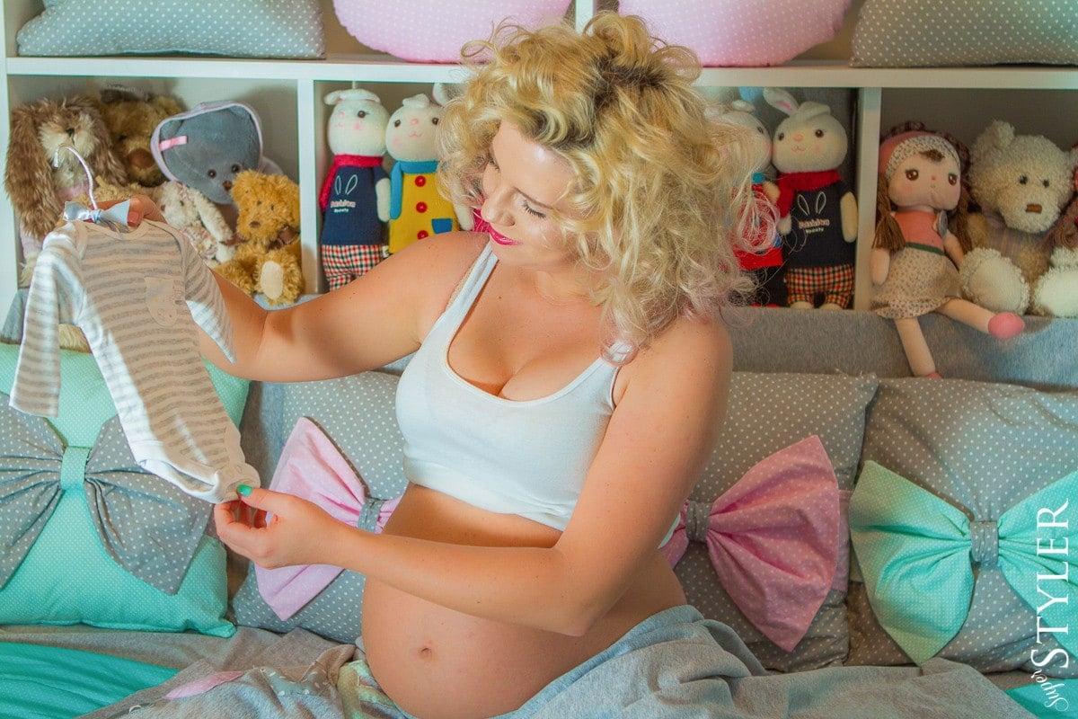 biustonosz do karmienia,stanik do karmienia,biustonosze do karmienia,staniki do karmienia,odzież ciążowa,bielizna ciążowa,moda ciążowa