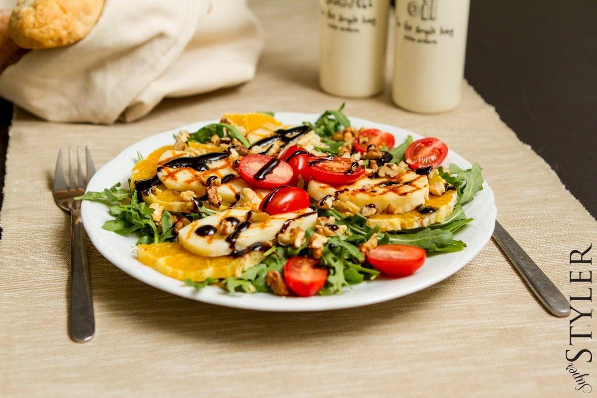 sałatka,salatka,salatka z serem halloumi,przepisy na sałatkę,prosta sałatka,prosta salatka,pomysł na sałatkę,pyszne sałatki,ser halloumi,halloumi przepisy