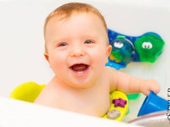 kąpiel niemowlaka
