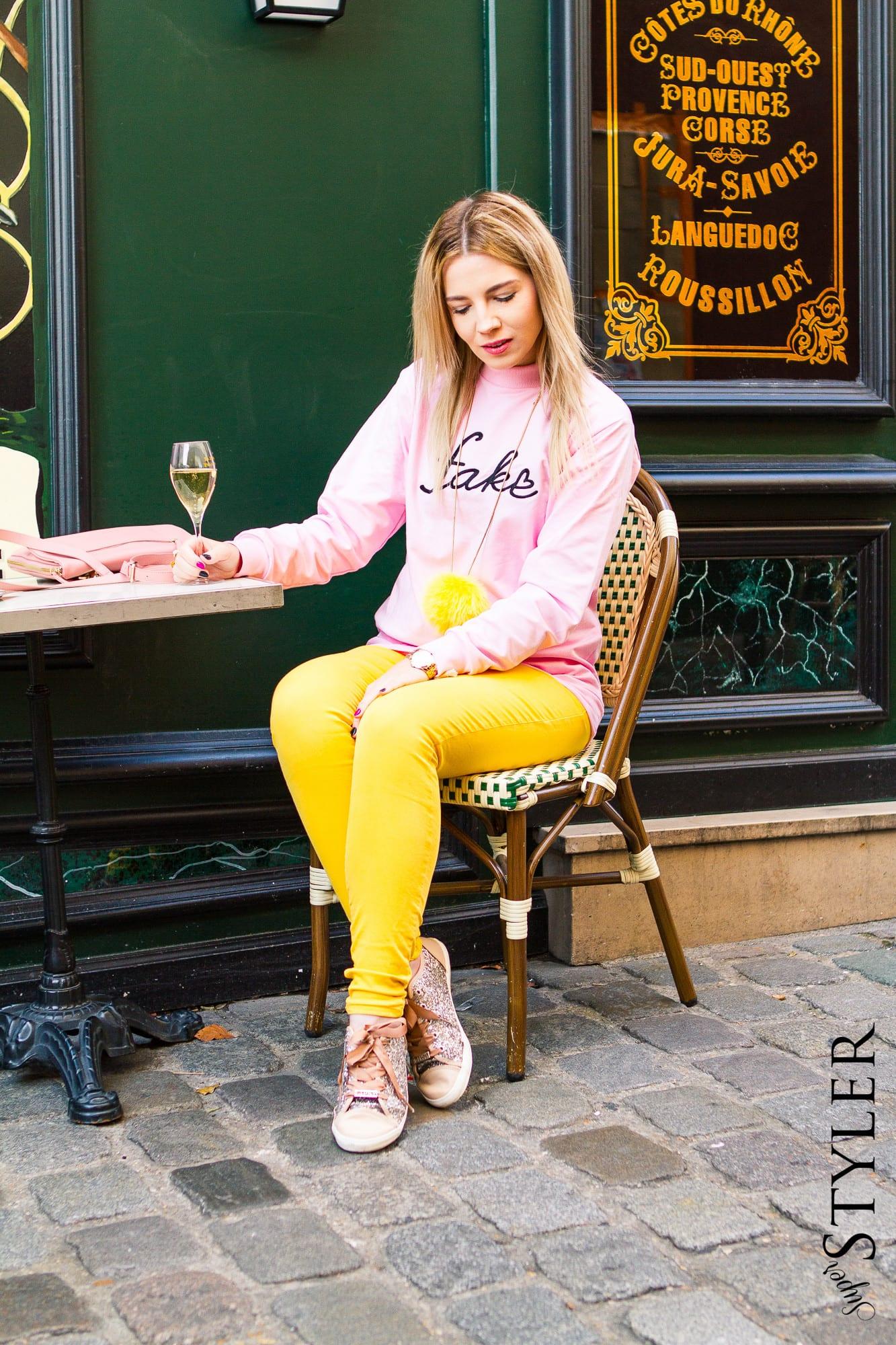 żołte spodnie różowa bluza Local Heroes Montmartre