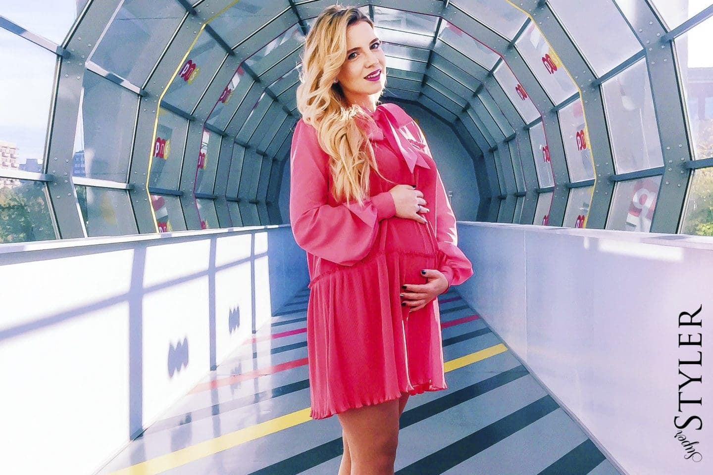 Skąd się biorą sukienki ciążowe?