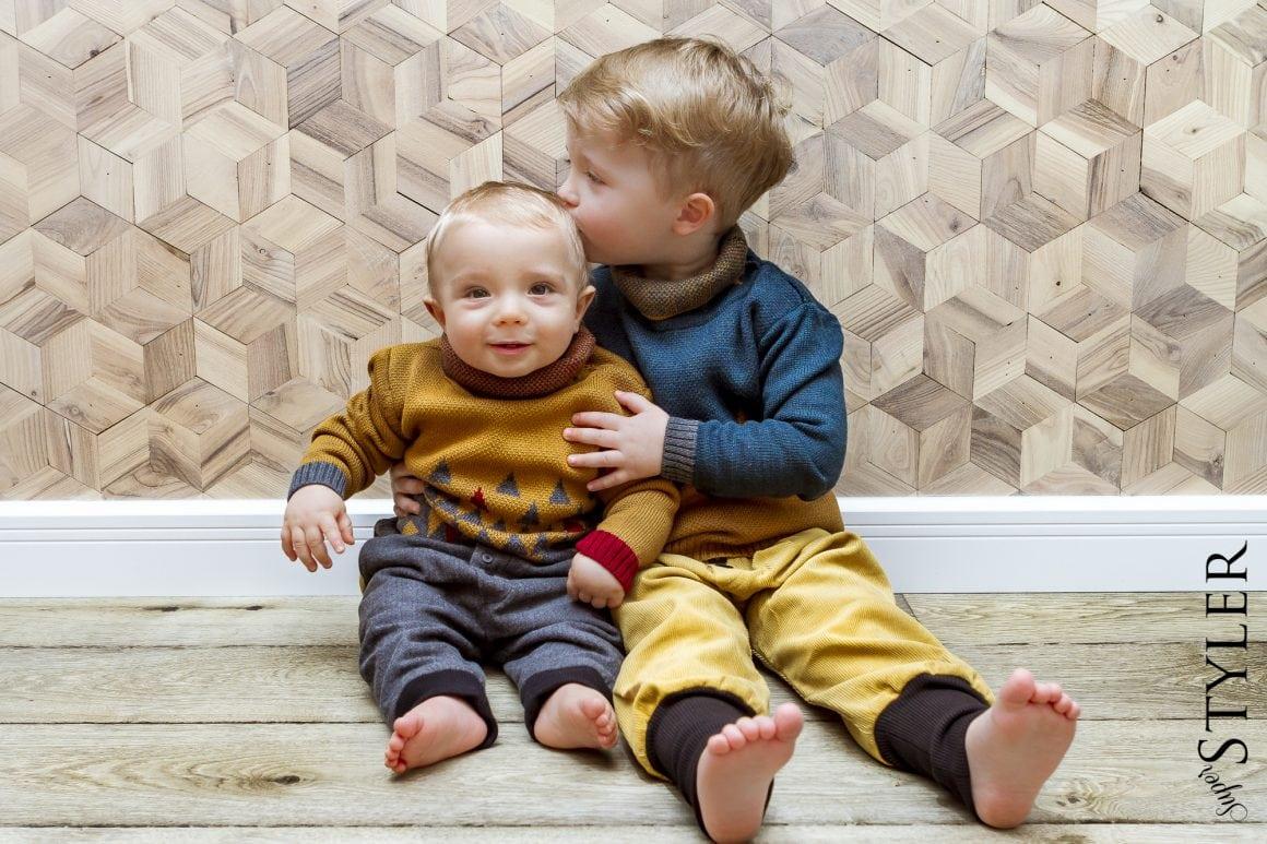 rodzeństwo- Miecio i Zyzio