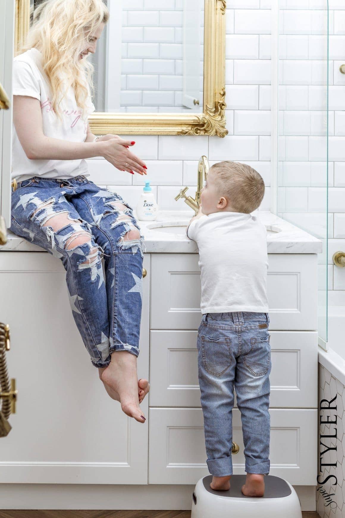 jak często myć dziecku ręce
