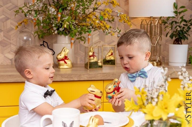 stukanie się jajkiem Wielkanoc
