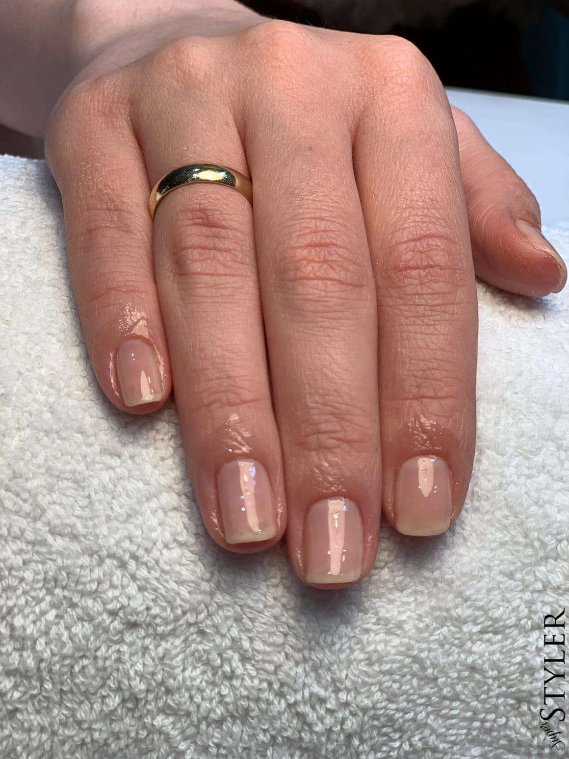 zregenerowane paznokcie