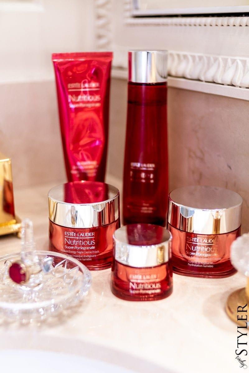 pielęgnacja skóry twarzy- Nutritious Super-Pomegranate