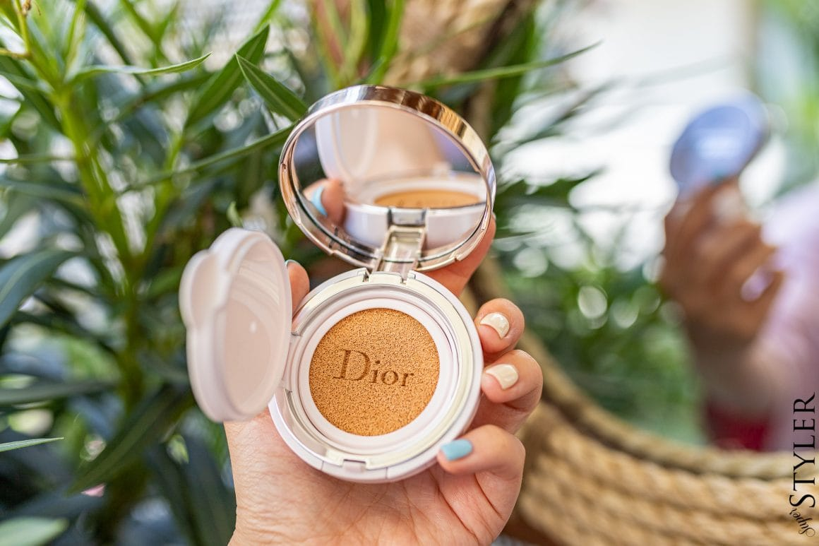 Dior Capture Dream Skin Moist Cushion