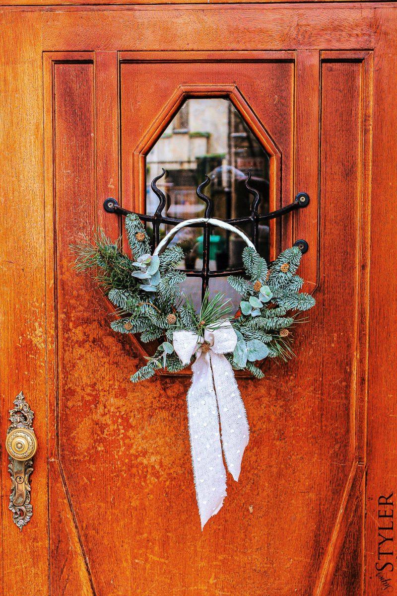 dekoracja na drzwi
