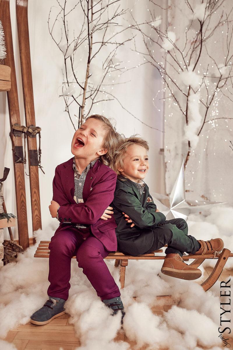 Prezenty na święta dla dziecka Muskatos garnitury